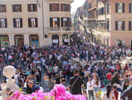 L'overtourism a Roma e nella città d'arte italiane